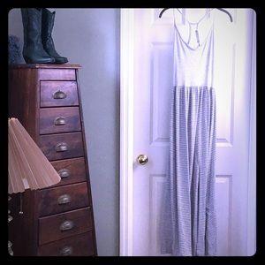 🐠Finn and Clover☘️ Maxi Dress